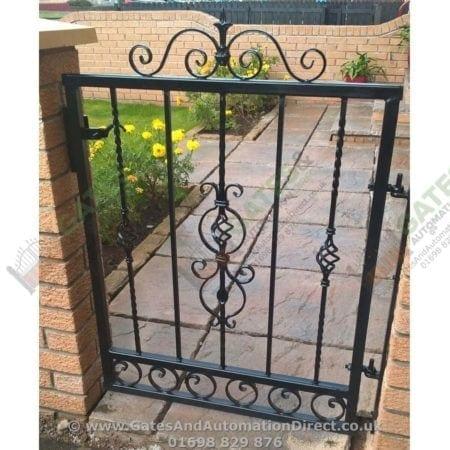 Metal Path Garden Gate 003
