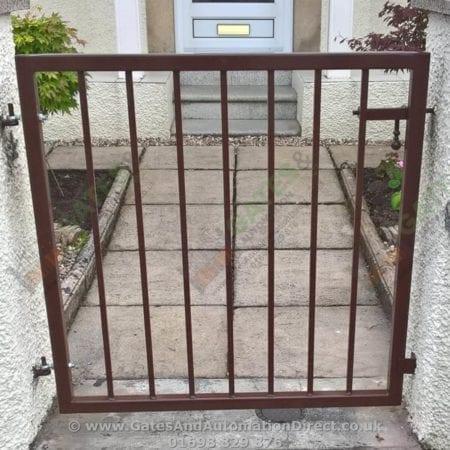 Metal Path Garden Gate 005