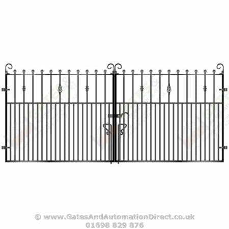 Short Metal Driveway Gates 007